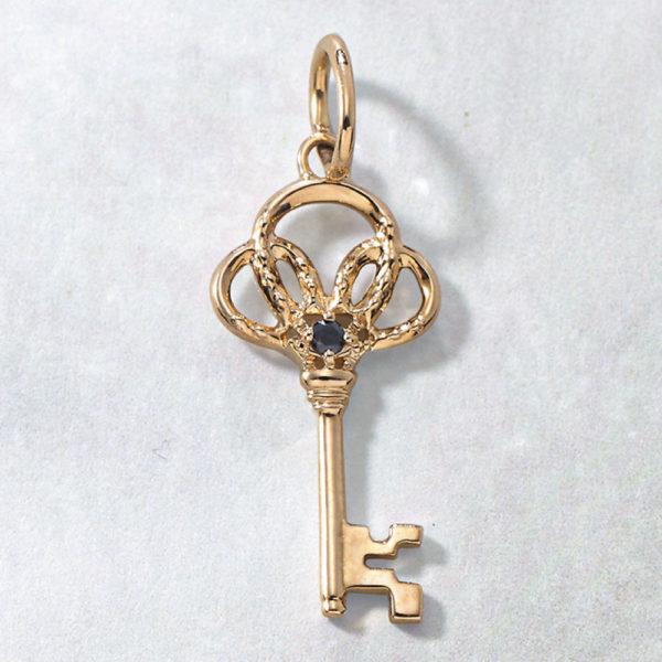 チャーム【馬蹄&鍵】(K10×ブラックダイヤモンド)¥17,000