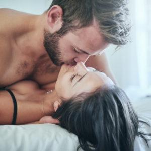 エッチでイク時に…お家デートで彼が喜んだ「最高のキステク」3つ