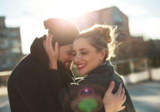 大人の女性が好き!…男性が惹かれた「年上女性の特徴」3選