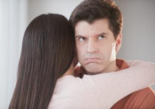 彼の口にゴムを… お泊まり翌日「彼がドン引きした」彼女の行動4つ