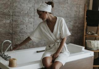 湯上がりに冷水はダメ! 医師に聞く「温活の賢い新常識」