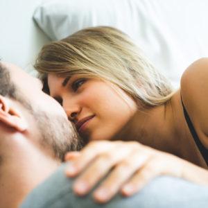 「実は、大きい方が好き…」 男性が惹かれる「美尻女性」の特徴4つ