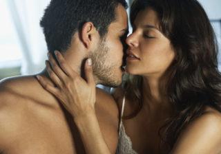 毛がボーボーなアソコを見ると… 男性が「女性のアソコを舐めたくなる」瞬間4つ