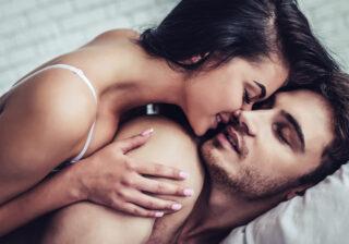 ゾクゾクが止まらない… 彼が欲情した「彼女の夜のひと言」4つ