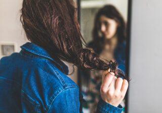 髪、もっと傷んじゃう!…毛髪診断士が警告する「NGヘア習慣」 #22