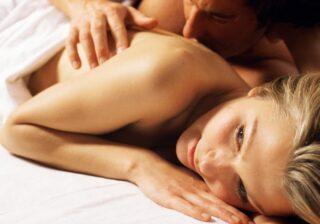 今でも体がジンジン…女性約200人調査「史上最高に興奮したエッチ体験」