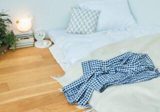 """""""ベッドを置く""""という発想をやめる!? 快適な寝室づくりのアイデア"""