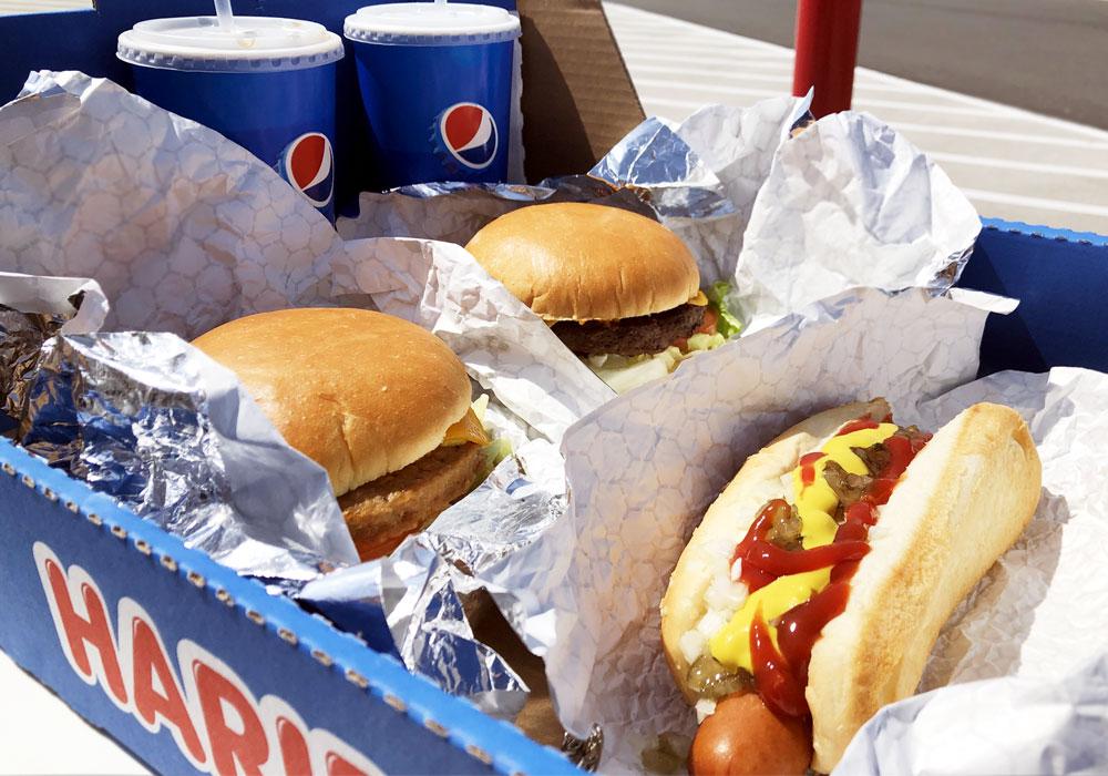 コストコ マニア フード チーズバーガー ガーデンバーガー クォーターパウンド ホットドッグ&ソーダ付き