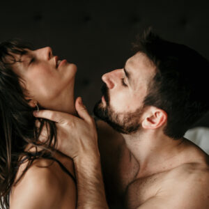 普段と違う喘ぎ声にゾクゾクッ♡ 男性が「一晩で何回もHしたくなる」女性の特徴3つ