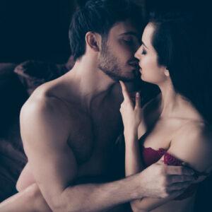 唇でハムハム…! 男性が「きっとエッチも上手いはず」と思うキス