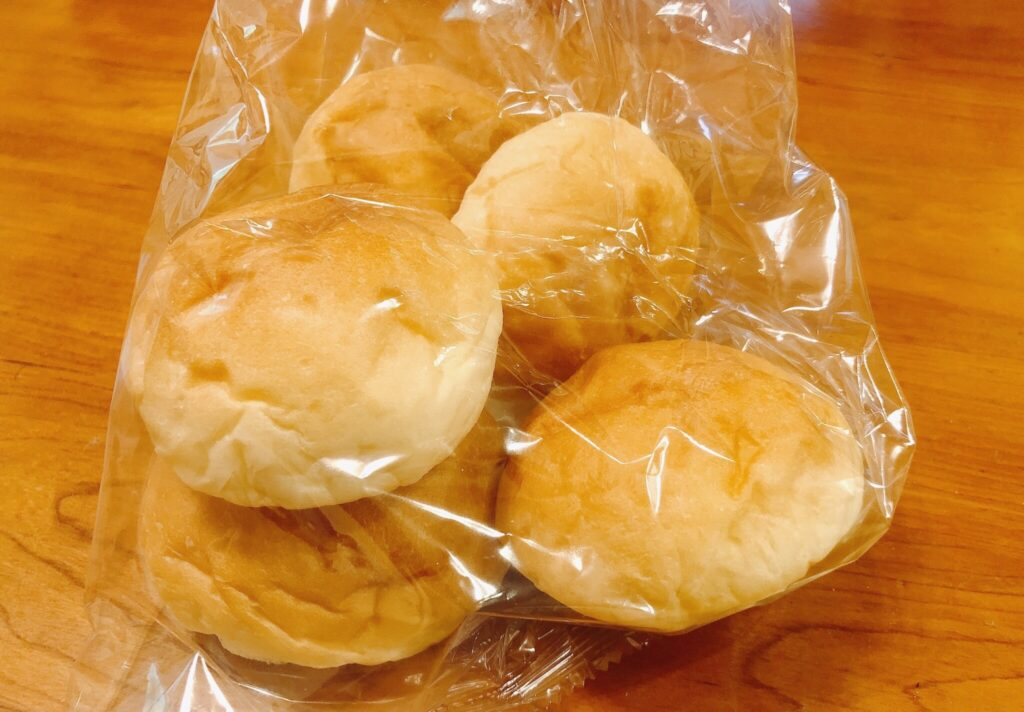 「成城石井自家製 北海道美瑛産小麦とマスカルポーネのバターロール 5個」