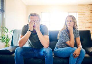 さすがに愛が冷める…男性が思う「一緒にいて疲れる女性」の特徴4つ