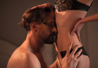 今から妻を抱く… W不倫カップルの「深夜に送りあう赤裸々LINE」3選