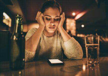 最後は結局タダで出品…女性約200人に聞いた「フリマアプリの悲惨体験談」