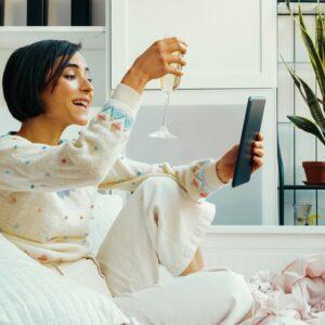 最高の家飲みになる! マニアもおすすめ「ネットで買える日本酒、ジン、ワイン」3選