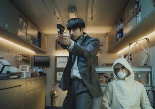 コン・ユとパク・ボゴムが初共演!韓国界のスターが現場で見せた素顔