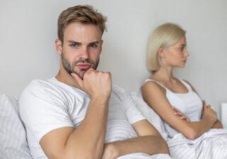 """""""ちゃんと洗ってるの?…"""" お泊りデートで「男性が驚愕した女性の行動」3つ"""
