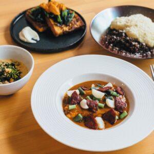 東京の下町に出現! パリのビストロ料理を楽しむ、小さな美食堂