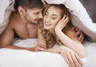 アソコを何時間もペロペロ… ベッド上での「愛があるからこそできる行為」4つ
