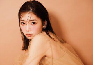 日向坂46・高本彩花「恋に落ちた瞬間みたいに頬が染まる」 生感覚チークに挑戦