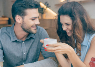 濃い時間を過ごすなら…♡ お家デートで「ラブラブになれる過ごし方」4つ