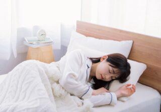 """【睡眠アンケート】睡眠時間は増えたのに…コロナ禍で""""入眠""""トラブルが増加?"""
