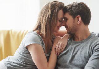 """""""初お家デート""""でどこまでする…? カップルたちの「お家デート事情」4つ"""