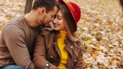 スッと距離を縮めるなら… 好きな男性の「懐に入り込む」ためのコツ4選