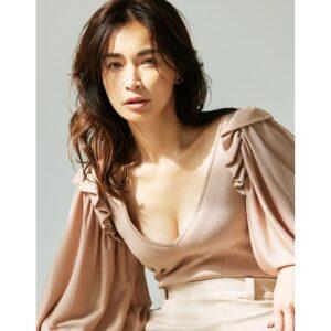 長谷川京子「胸を大事にするということは、自分を大切に思うこと」