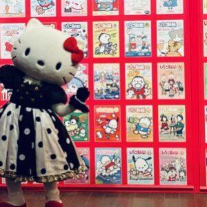 【画像】「キティちゃん」に口がない理由は…? 驚きの秘密が明かされるサンリオの展覧会