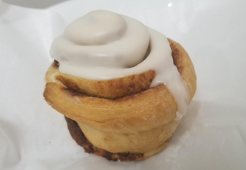 スタバ スイーツ フード 人気 最新 ランキング クッキー チョコ スコーン シナモンロール チーズケーキ グラノーラ