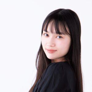 連ドラ出演中の新井舞良「父との日常会話はほぼ英語」 夢は海外作品への出演!?