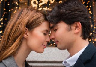 """""""昔はもっと大胆だったけど""""… 長続きカップルが「実はしなくなって寂しい」と感じること4つ"""