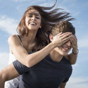コツは3つ…! 約1000人の男性と婚活した既婚女性が教える「年下男性の射止め方」