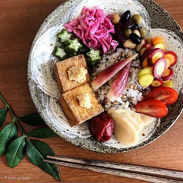【SnapDish】野菜と厚揚げで満足のワンプレートが完成「簡単ヴィーガンごはん」