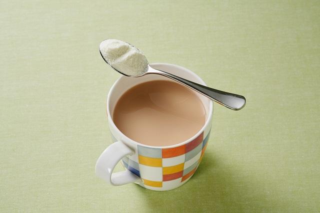 【雪印ビーンスターク】『寝起きのミルクティー』