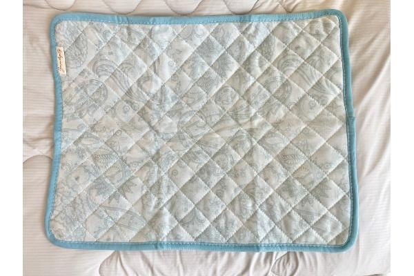 【3COINS】【ひんやりファブリック】接触冷感枕パッド』 表