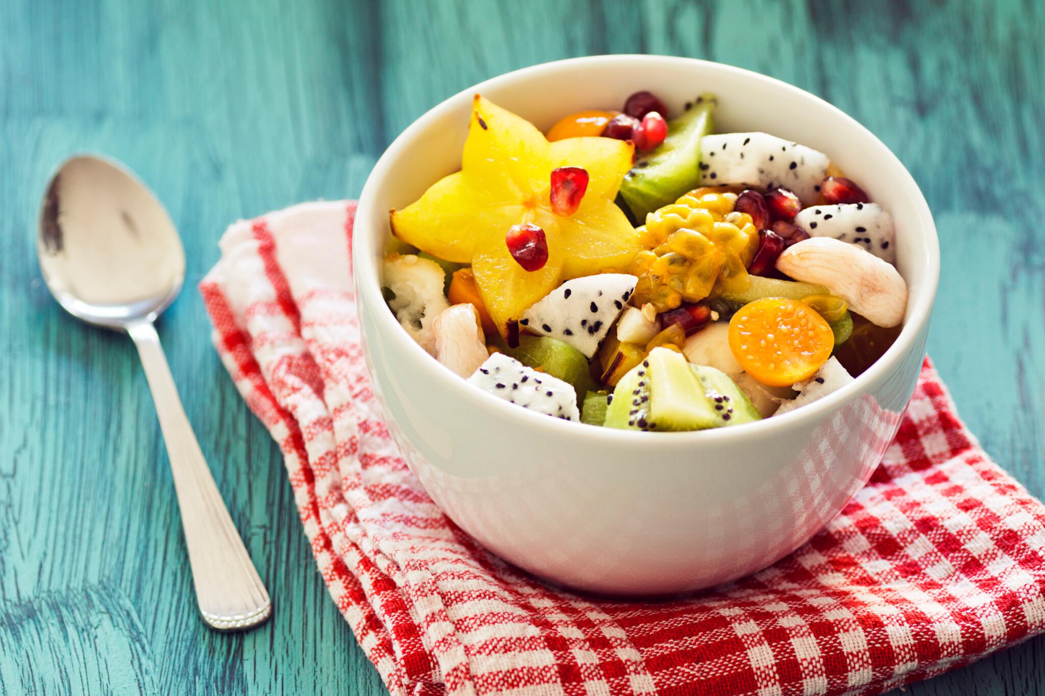 むくみケアになる! 美容好き約100人が教える「体に良さそうな果物と食べ方」